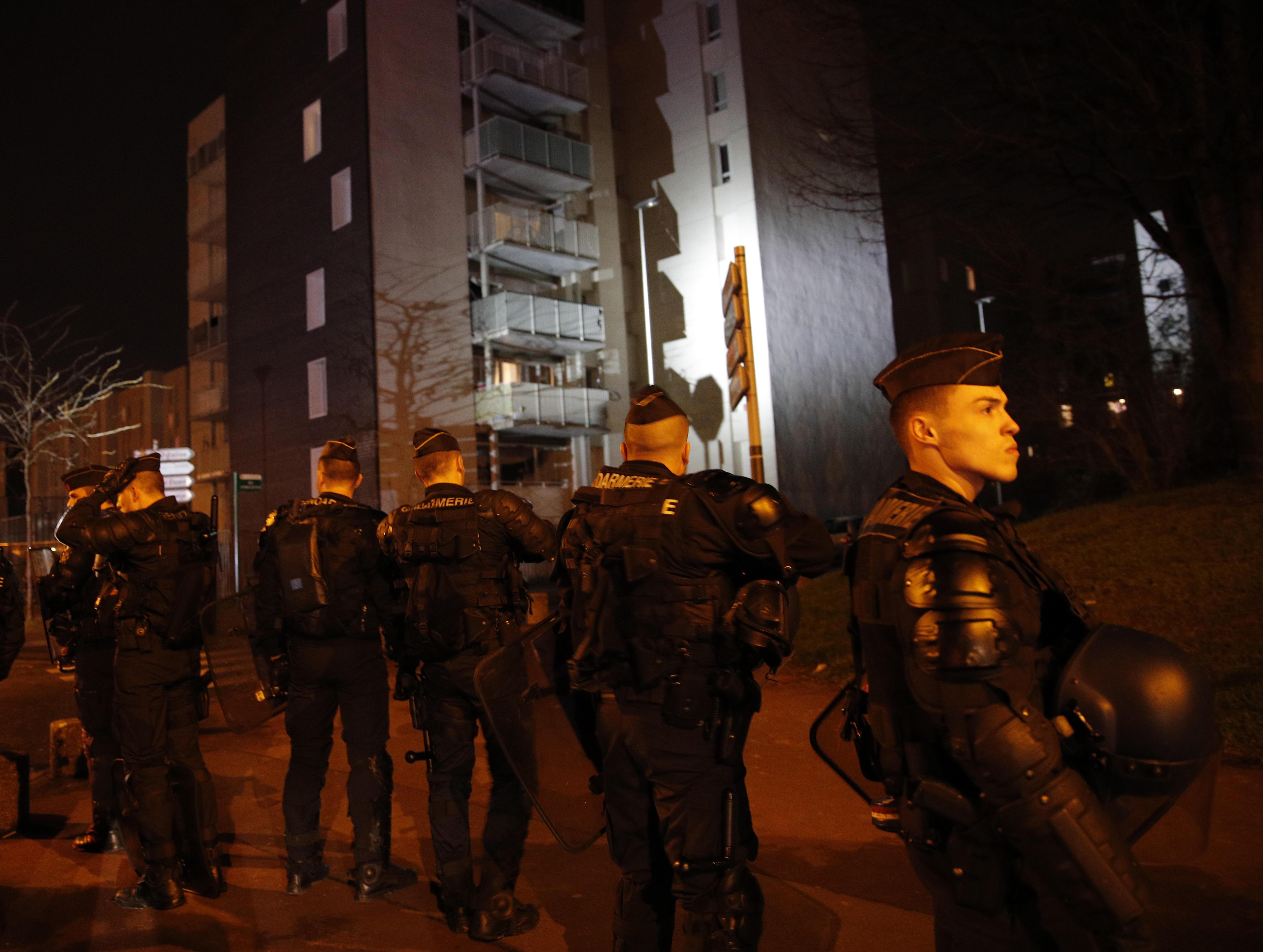 Paris riots after blac...