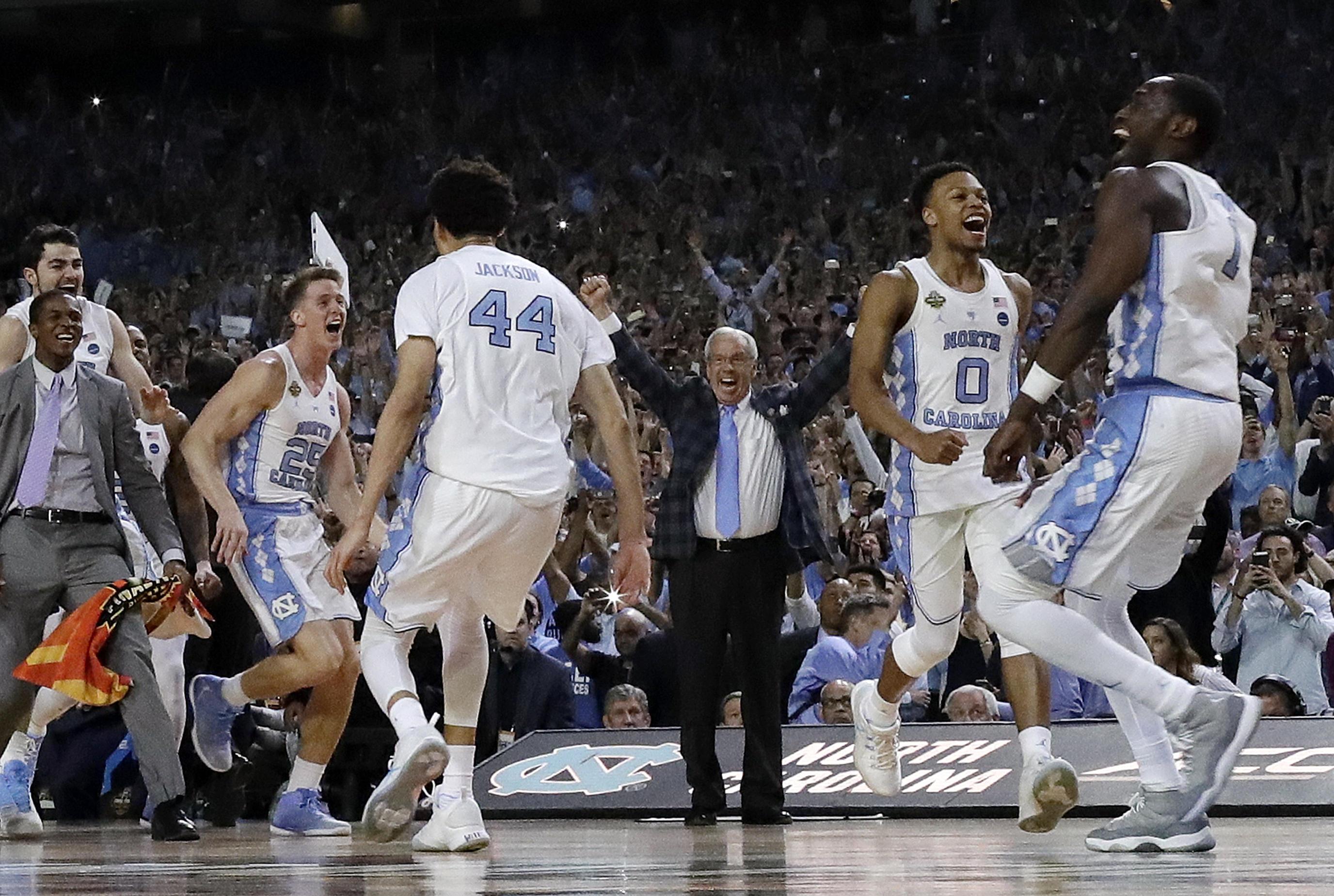 North Carolina grabs 6th NCAA championship with 71-65 win ...