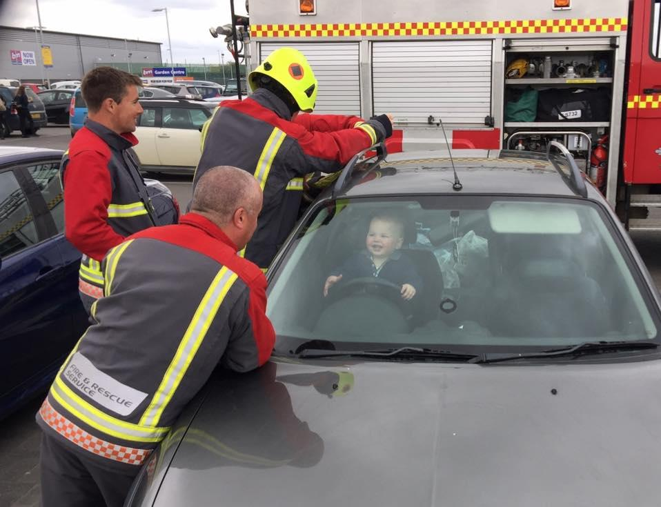I Locked My Keys In My Car >> Toddler locks himself inside car, laughs as 5 firefighters desperately try to free him - CBS News