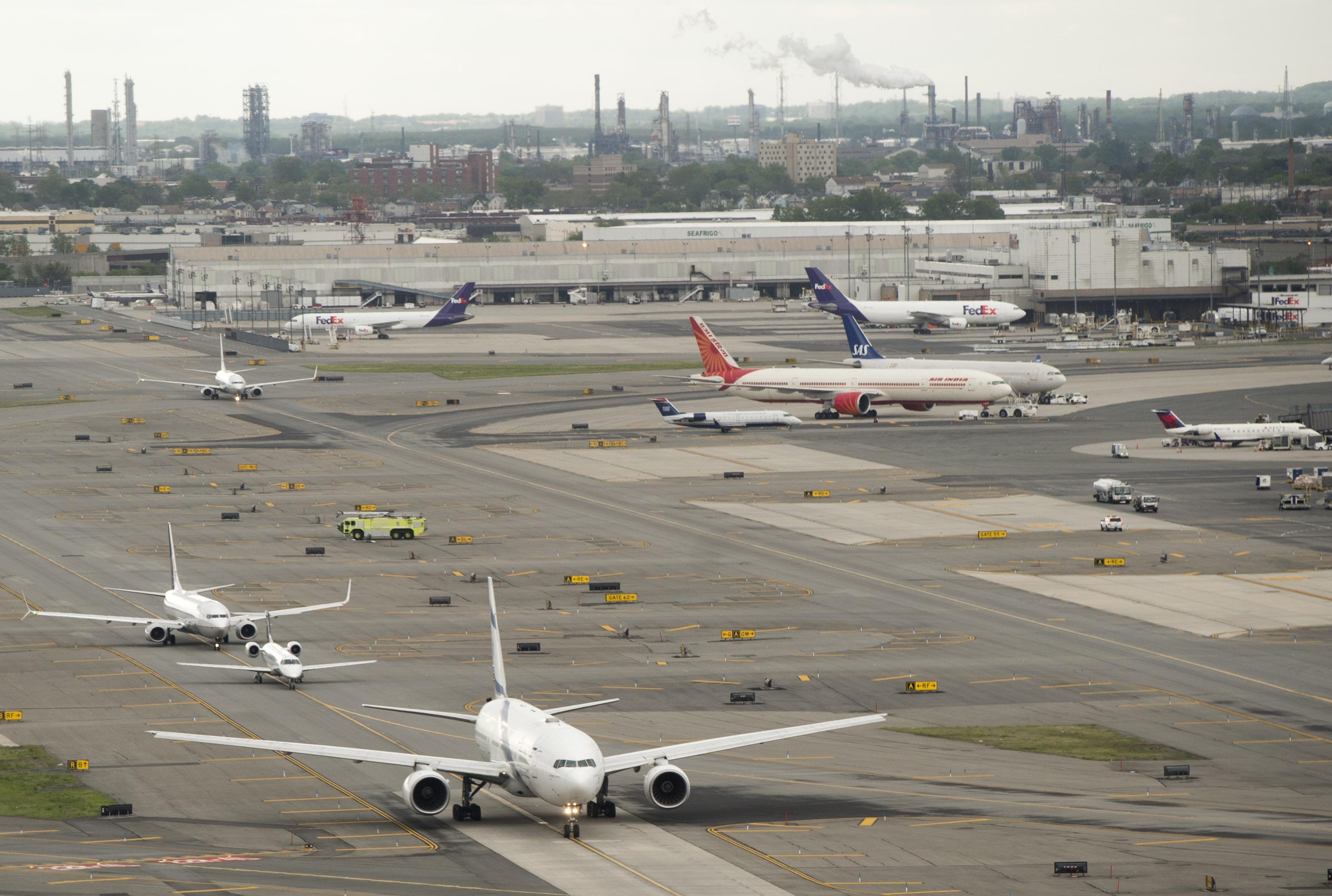 All Clear Given At Newark Airport Terminal After