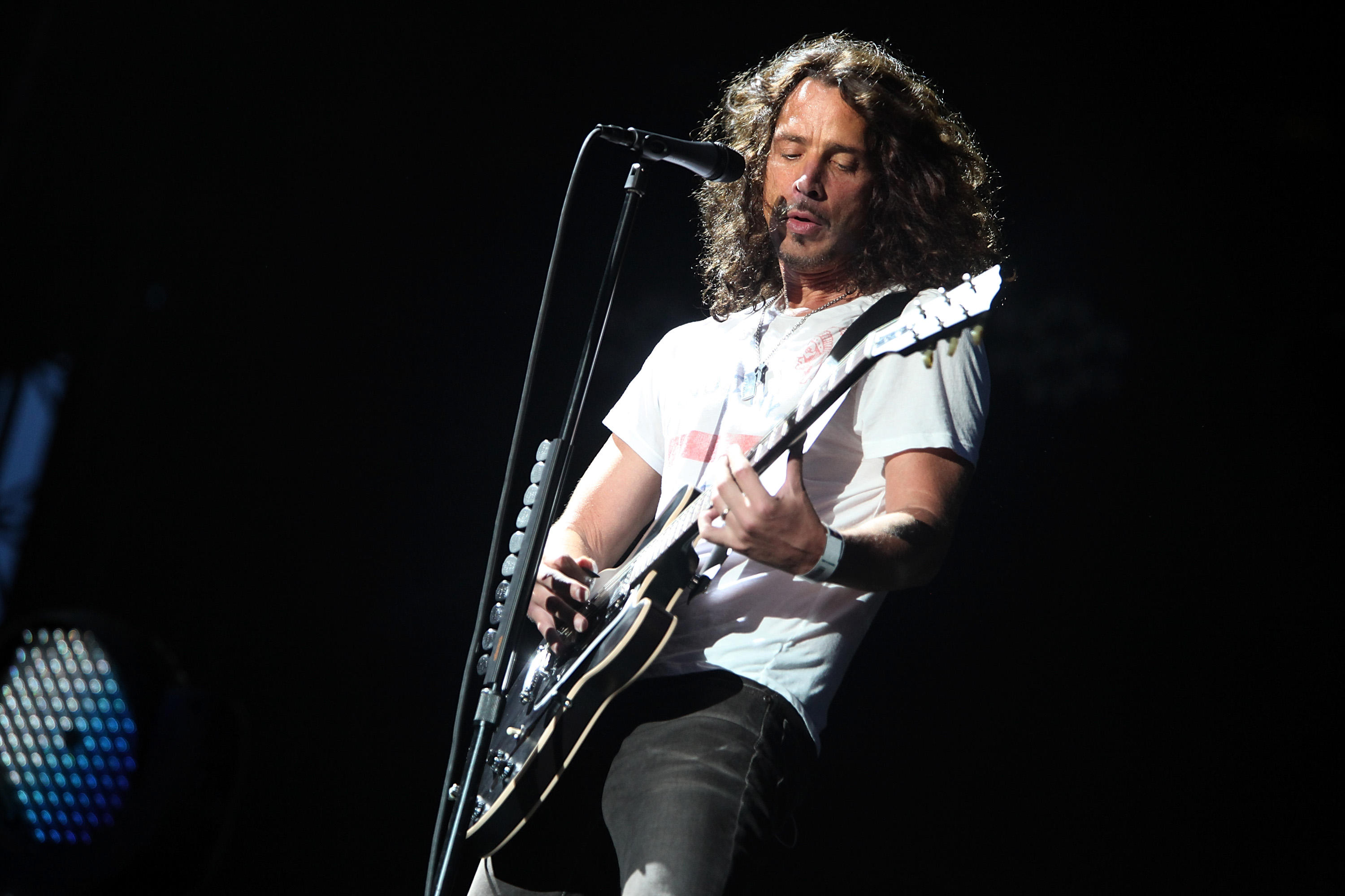 Chris Cornell: Chris Cornell Autopsy Finds Drugs Didn't Contribute To