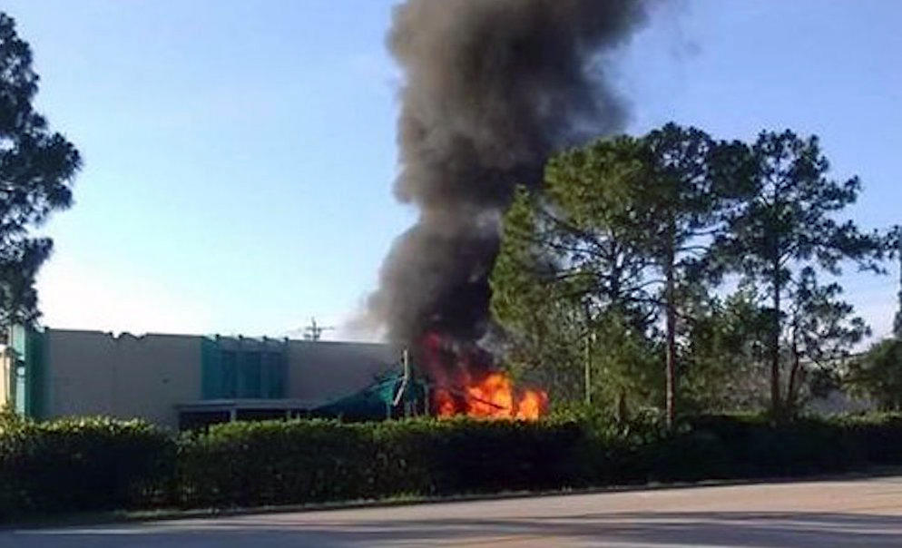 1 killed after plane crashes into empty daycare building