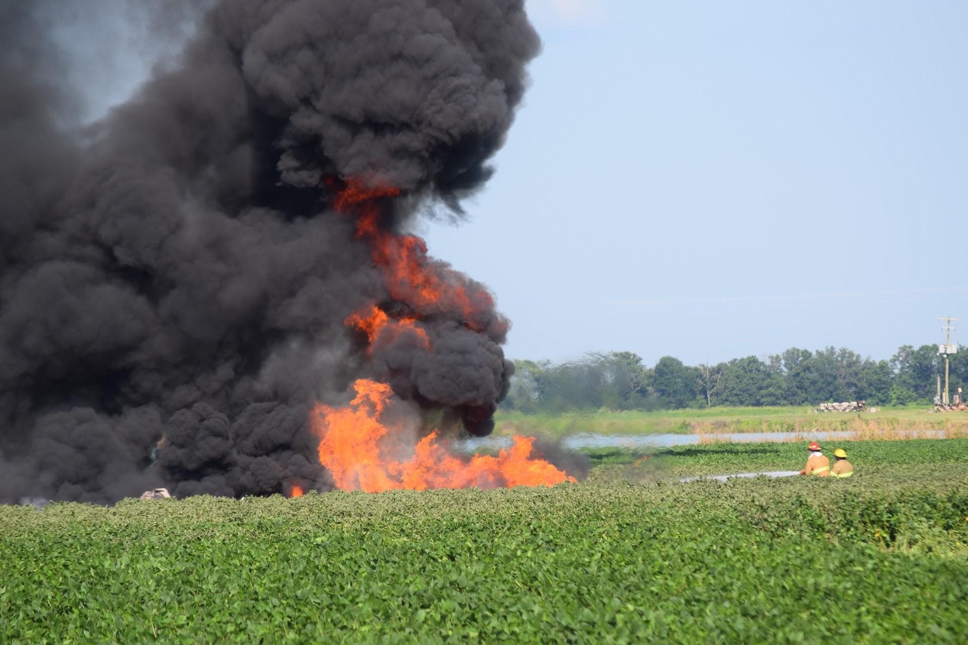 u s  marine corps kc-130 crash leaves 16 dead