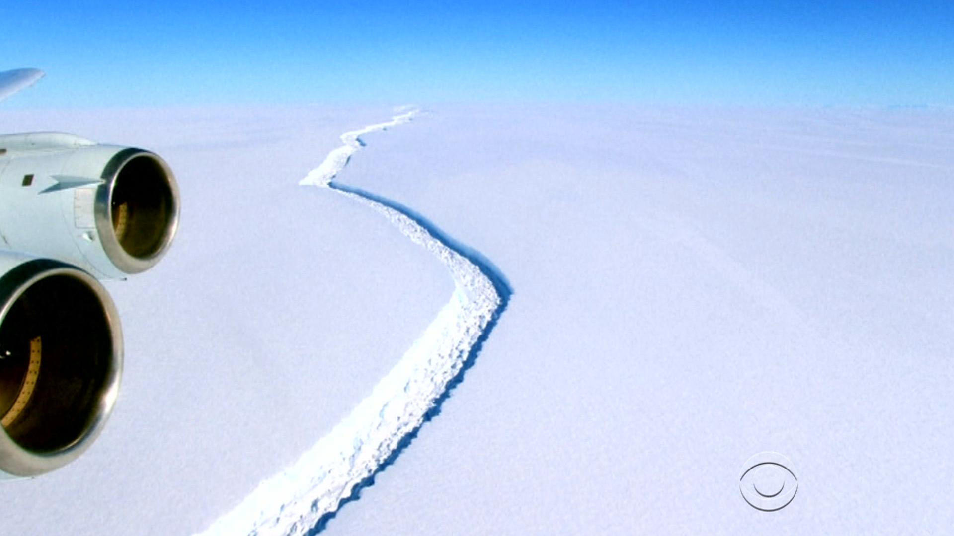 Questions abound after iceberg breaks away from Antarctica