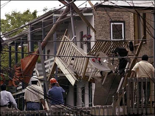 Tragedy In Chicago Chicago Porch Collapse Pictures