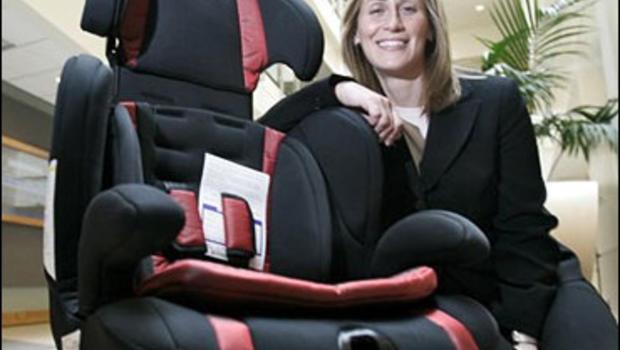 study many kids too big for car seats cbs news