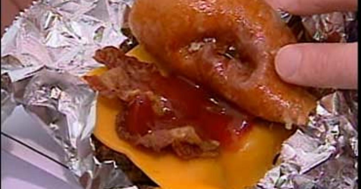 The World S Unhealthiest Burger Cbs News