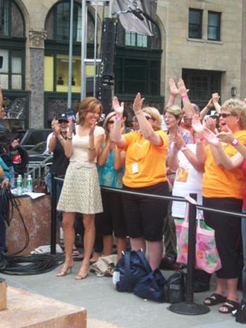 Martina McBride Rocks The Plaza
