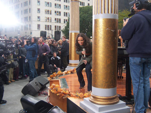 Behind The Scenes: Alicia Keys