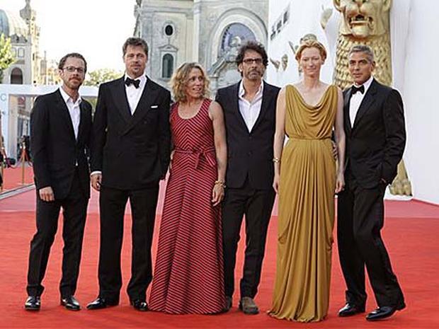 Hollywood Glam At Venice