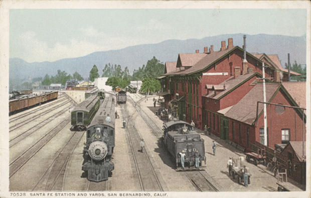 Walker Evans' Postcards