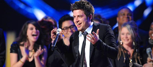 Lee DeWyze on American Idol finale, May 26, 2010.