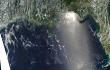 Slideshow: Tracking the Oil Spill from Space