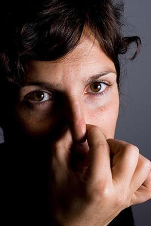 Is She Bulimic? 12 Secret Signs