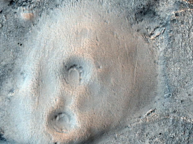 Stunning New Shots from Mars