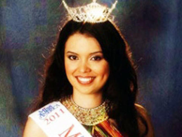 Texas Teen Beauty Queen Sues to Keep Crown