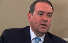 Huckabee: Obama respected Egyptian protesters more than Tea Party