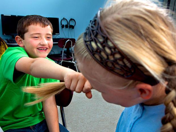 Bullying: 9 warning signs parents shouldn't ignore