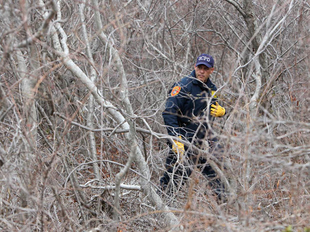 Long Island serial killer? Police recruits join search for more bodies