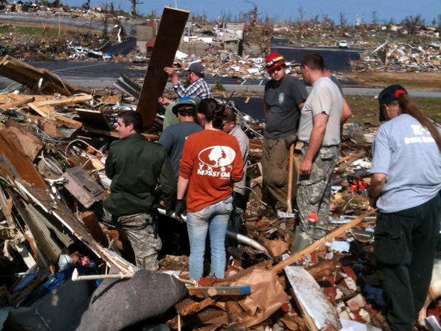 CBS News: On the ground in Joplin, Mo.
