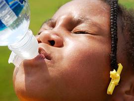 child, kid, bottled water, health, stock, 4x3