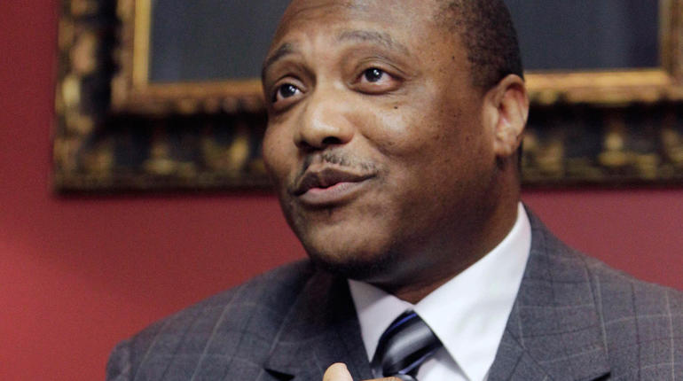 An exonerated Anthony Graves speaks at a press conference Thursday, Oct. 28, 2010 in Houston.
