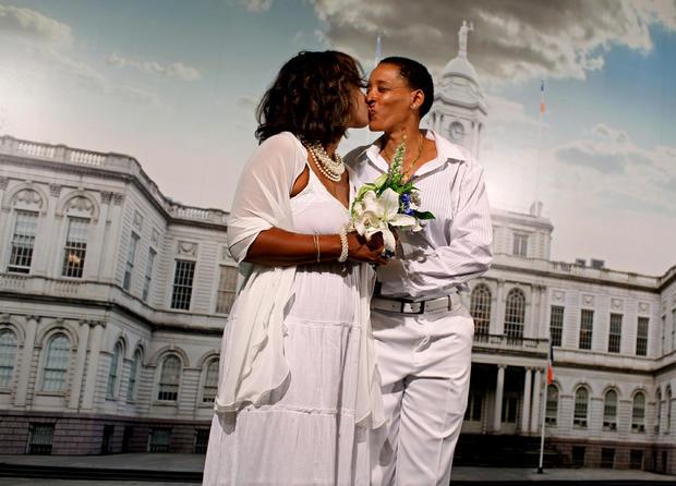First gay wedding day in N.Y.