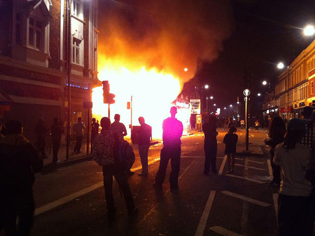 Tottenham riots lead to 160 arrests