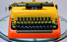 12 sexy typewriters
