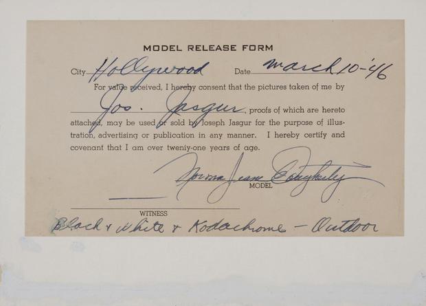 Early Marilyn Monroe photos headed to auction