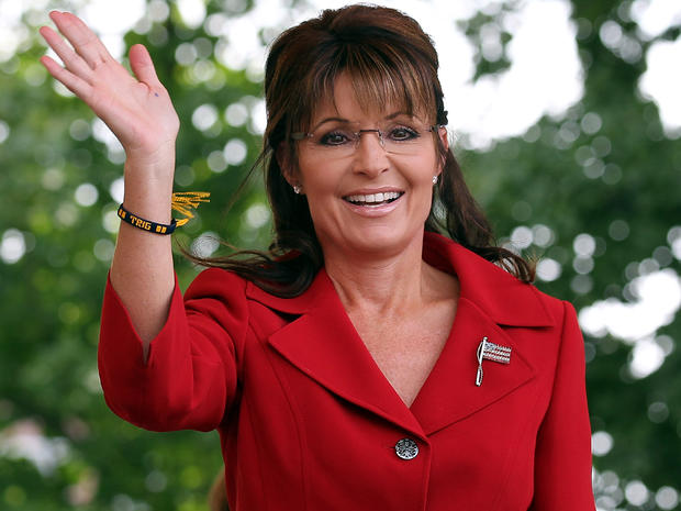 "Sarah Palin threatens to sue over book; says she was defamed by ""The Rogue"""