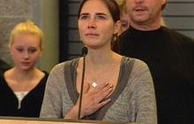 Amanda Knox's tearful return to the U.S.