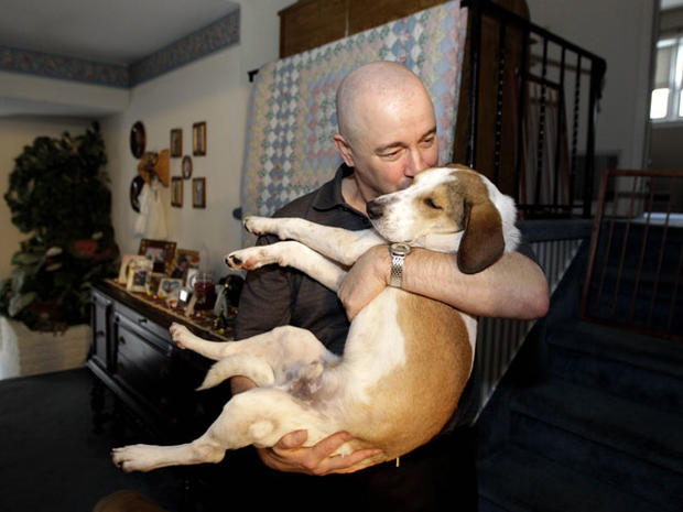 """""""Miracle dog"""" survives gas chamber"""