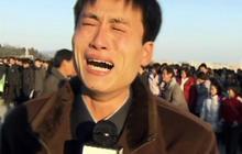 Kim Jong Il dead: N. Koreans weep in public