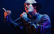 Pop star Aaron Carter extends off-Broadway run