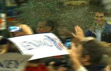 Mitt Romney glitter bombed