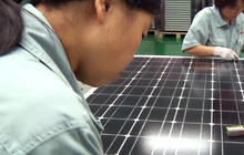 Trade war brewing over Chinese solar panels