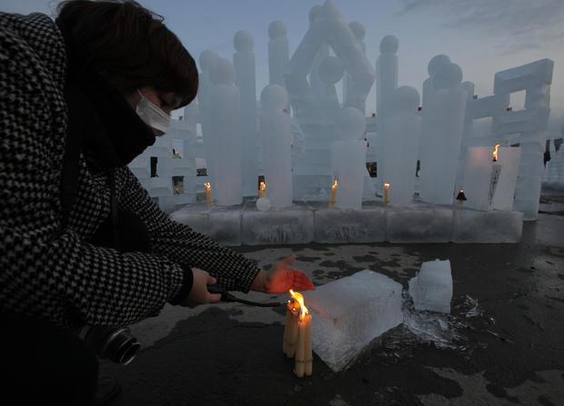 Japan marks disaster's 1st anniversary