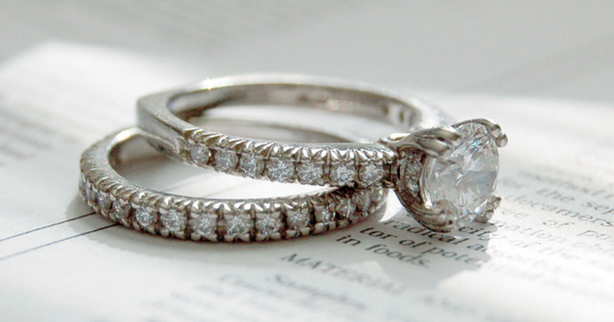 how much do you spend on your wedding ringwedding rings - How Much Do You Spend On A Wedding Ring