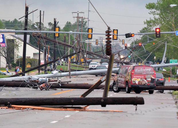 Violent storms sweep Plains States