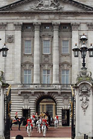 Queen Elizabeth II opens Parliament