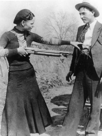 Bonnie and Clyde's guns auctioned for $504K