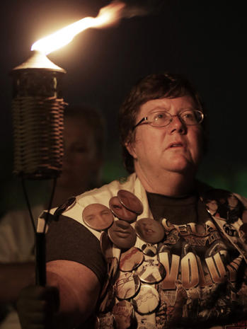 Elvis Presley candlelight vigil at Graceland