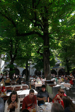 Munich prepares for Oktoberfest