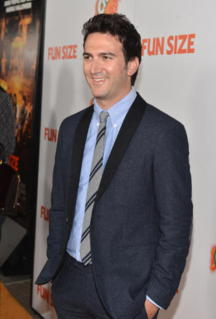 """Stars  step out for """"Fun Size"""" premiere"""