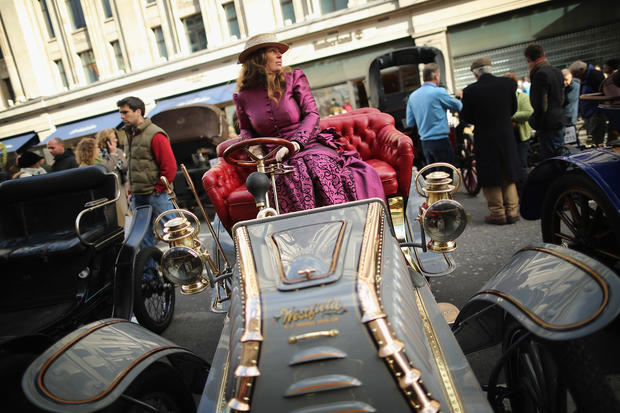 Classic car rally in London