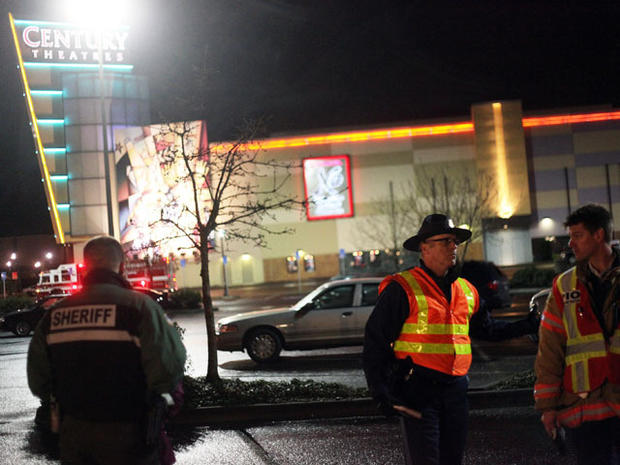 Gunman, 2 others dead in Oregon mall shooting