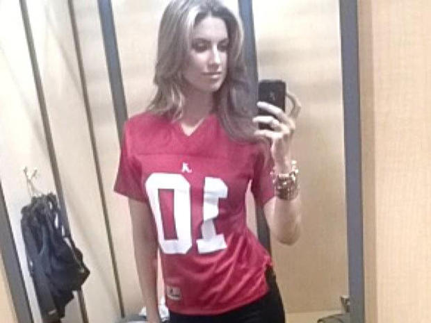 Alabama quarterback's model girlfriend