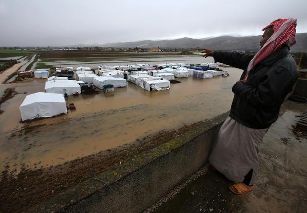 Syrian refugees endure harsh weather