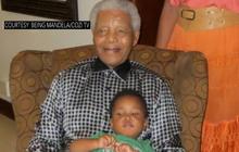 Nelson Mandela photo released